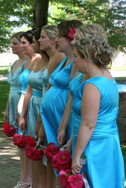 nine months pregnant bridesmaid