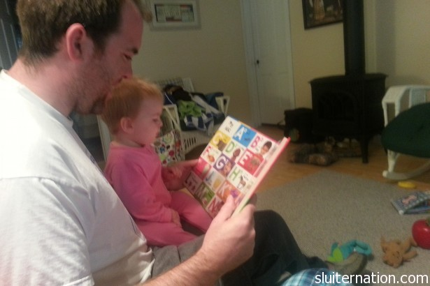 My brother read with is little daughter.