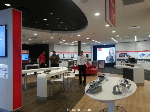 June 11; Private tour of the new Verizon Smart Store in Grand Rapids, Mi.